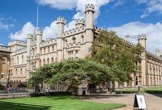 Οι κύριοι κατοικούν το κολλέγιο Καίμπριτζ Αγγλία της Clare στοκ εικόνες με δικαίωμα ελεύθερης χρήσης