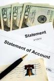 οι λογαριασμοί πληρώνο&upsilo Στοκ φωτογραφία με δικαίωμα ελεύθερης χρήσης