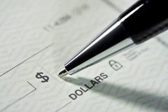 οι λογαριασμοί πληρώνο&upsilo Στοκ Φωτογραφία