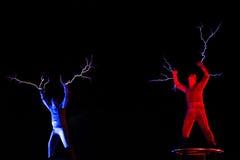 Οι Λόρδοι της ηλεκτρικής ενέργειας υψηλής τάσης αστραπής παρουσιάζουν Στοκ εικόνα με δικαίωμα ελεύθερης χρήσης