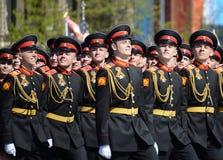 Οι μαθητές του στρατιωτικού σχολείου Tver Suvorov στην πρόβα φορεμάτων της παρέλασης στο κόκκινο τετράγωνο προς τιμή την ημέρα νί Στοκ Εικόνα