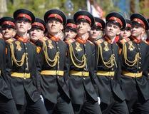 Οι μαθητές του στρατιωτικού σχολείου Tver Suvorov στην πρόβα φορεμάτων της παρέλασης στο κόκκινο τετράγωνο προς τιμή την ημέρα νί Στοκ εικόνες με δικαίωμα ελεύθερης χρήσης
