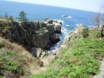 Οι μεγάλοι απότομοι βράχοι Tojimbo Στοκ φωτογραφία με δικαίωμα ελεύθερης χρήσης