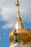 Οι μικροί γίγαντες φρουρούν την παγόδα Στοκ φωτογραφία με δικαίωμα ελεύθερης χρήσης