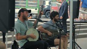 Οι μουσικοί οδών παίζουν τη country μουσική στη Νέα Υόρκη φιλμ μικρού μήκους