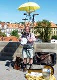 Οι μουσικοί στο Charles γεφυρώνουν Στοκ Εικόνες