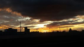 | Οι μπλε ουρανοί έρχονται για μας | Στοκ Εικόνα