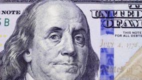 Οι νέοι λογαριασμοί εκατό δολαρίων στην πλήρη οθόνη, νομισματικό υπόβαθρο φιλμ μικρού μήκους