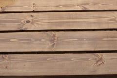 Οι ξύλινες σανίδες στη βροχή Στοκ φωτογραφία με δικαίωμα ελεύθερης χρήσης