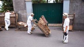 Οι οδηγοί προετοιμάζονται για το έλκηθρο που οργανώνεται στο Φουνκάλ στοκ φωτογραφία με δικαίωμα ελεύθερης χρήσης