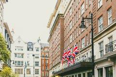 Οι οδοί με τα ιστορικά κτήρια σε Mayfair, ένας παραπόταμος είναι στοκ φωτογραφία με δικαίωμα ελεύθερης χρήσης