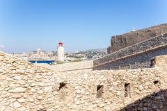Οι οχυρώσεις του κάστρου και του φάρου στο νησί εάν Στο υπόβαθρο, Μασσαλία, Γαλλία Στοκ εικόνες με δικαίωμα ελεύθερης χρήσης