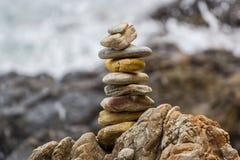 Οι πέτρες είναι στην παραλία Στοκ φωτογραφία με δικαίωμα ελεύθερης χρήσης