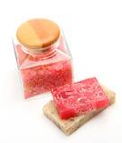 οι πέτρες προσοχής κεριών μπουκαλιών σωμάτων υποβάλλουν τις πετσέτες στοκ φωτογραφία με δικαίωμα ελεύθερης χρήσης