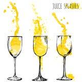 Οι παφλασμοί πορτοκαλιών και μήλων χυμού στα γυαλιά κρασιού, watercolor, σκιαγραφούν τη διανυσματική απεικόνιση Στοκ Φωτογραφίες