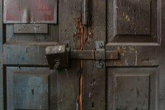 Οι παλαιοί φορεμένοι πίνακες της σύστασης το ραγισμένο χρώμα, Στοκ Φωτογραφία
