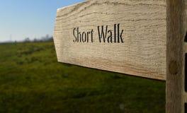 Οι πεζοπόροι περπατούν Στοκ φωτογραφίες με δικαίωμα ελεύθερης χρήσης