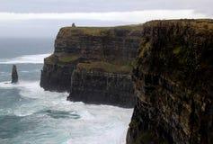 Οι περισσότεροι επισκέφτηκαν τη φυσική έλξη, απότομοι βράχοι Moher, κομητεία Clare, Ιρλανδία, πτώση, του 2014 Στοκ Εικόνα