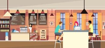 Οι περιστασιακοί άνθρωποι ομαδοποιούν στο σύγχρονο καφέ κάθονται να κουβεντιάσουν, πανεπιστημιούπολη σπουδαστών ελεύθερη απεικόνιση δικαιώματος