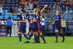Οι ποδοσφαιριστές της Λυών χαίρονται για τη νίκη Στοκ εικόνα με δικαίωμα ελεύθερης χρήσης