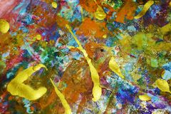 Οι πορφυροί κόκκινοι ιώδεις φωτεινοί μπλε παφλασμοί, ζωηρόχρωμα ζωηρά κέρινα χρώματα, αντιπαραβάλλουν το δημιουργικό υπόβαθρο Στοκ εικόνες με δικαίωμα ελεύθερης χρήσης