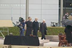 Οι πρώην ΗΠΑ Πρόεδρος Thomas Jefferson χαρακτηρίζονται obverse της σημείωσης S Ο Πρόεδρος Bill Clinton περπατά στο στάδιο που συν Στοκ Φωτογραφίες