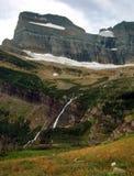 Οι πτώσεις Grinnell και ηπειρωτικός διαιρούν από το ίχνος παγετώνων Grinnell, εθνικό πάρκο παγετώνων, Μοντάνα Στοκ εικόνες με δικαίωμα ελεύθερης χρήσης