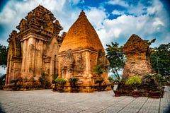Οι πύργοι Po Nagar κοντά σε Nha Trang στο Βιετνάμ Στοκ Εικόνα