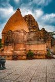 Οι πύργοι Po Nagar κοντά σε Nha Trang στο Βιετνάμ Στοκ φωτογραφίες με δικαίωμα ελεύθερης χρήσης