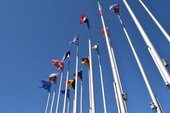 Οι σημαίες της ΕΕ δηλώνουν το σύμβολο της ένωσης 02 Στοκ Εικόνες