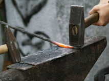 οι σιδηρουργοί απαριθμούν την εργασία μετάλλων στοκ φωτογραφία με δικαίωμα ελεύθερης χρήσης
