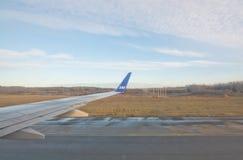 Οι Σκανδιναβικές αερογραμμές jetliner απογειώνονται Στοκ εικόνα με δικαίωμα ελεύθερης χρήσης