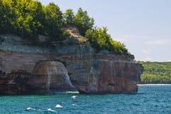 οι σπηλιές αψίδων λικνίζο& Στοκ φωτογραφία με δικαίωμα ελεύθερης χρήσης