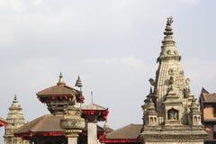 Οι στέγες της παγόδας και του ναού στο Durbar τακτοποιούν σε Bhaktapur, ΝΕ Στοκ Εικόνες