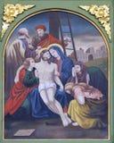 οι 13οι σταθμοί του σταυρού, σώμα του Ιησού ` αφαιρούνται από το σταυρό Στοκ φωτογραφίες με δικαίωμα ελεύθερης χρήσης