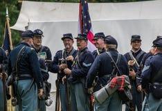 Οι στρατιώτες ένωσης προετοιμάζονται για τον πόλεμο στοκ φωτογραφία
