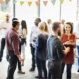 Οι συνάδελφοι κτυπούν την έννοια Brunch Dinning κόμματος Στοκ Εικόνα