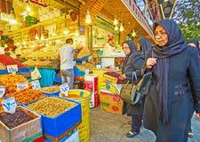 Οι συσσωρευμένες αγορές της Τεχεράνης Στοκ φωτογραφία με δικαίωμα ελεύθερης χρήσης