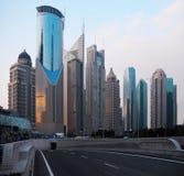 Οι σύγχρονοι ουρανοξύστες στοκ εικόνες