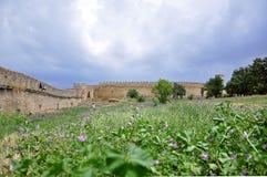 Οι τεράστιοι τοίχοι πετρών του αρχαίου φρουρίου Akkerman, belgorod-Dniester, περιο στοκ εικόνα με δικαίωμα ελεύθερης χρήσης