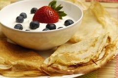 οι τηγανίτες κρέμας ξινίζ&omicron στοκ εικόνες με δικαίωμα ελεύθερης χρήσης