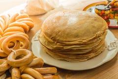οι τηγανίτες συσσωρεύο& Στοκ Εικόνα