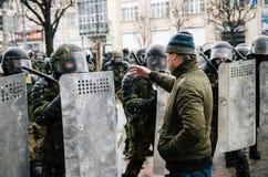 Οι της Λευκορωσίας λαοί συμμετέχουν στη διαμαρτυρία ενάντια στο διάταγμα 3 στο Μινσκ Στοκ φωτογραφίες με δικαίωμα ελεύθερης χρήσης