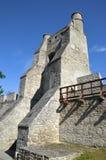 Οι τοίχοι πόλεων και η πύλη της Κρακοβίας, Szydlow, Πολωνία στοκ εικόνες