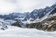 Οι τουρίστες αναρριχήθηκαν στο υψηλότερο σημείο Buryatia Στοκ φωτογραφία με δικαίωμα ελεύθερης χρήσης