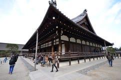 Οι τουρίστες επισκέπτονται Tenryuji, που βρίσκεται στο κέντρο Arashiyama, KY Στοκ εικόνες με δικαίωμα ελεύθερης χρήσης