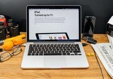 Οι υπολογιστές της Apple στις πιό πρόσφατες ανακοινώσεις WWDC του iPad γύρισαν 11 Στοκ εικόνα με δικαίωμα ελεύθερης χρήσης