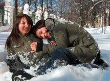 οι φίλες παίζουν Στοκ φωτογραφίες με δικαίωμα ελεύθερης χρήσης
