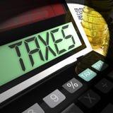 Οι φόροι που υπολογίζονται παρουσιάζουν φορολογία εισοδήματος και επιχειρήσεων Στοκ φωτογραφίες με δικαίωμα ελεύθερης χρήσης