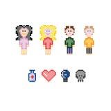 Οι χαρακτήρες εικονοκυττάρου για το παιχνίδι app παίζουν ή αφίσες Στοκ Εικόνες
